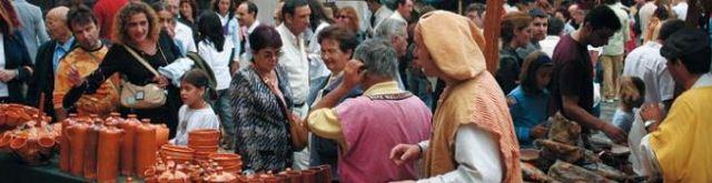 Mercado de la Almendra en el casco medieval de Vitoria-Gasteiz